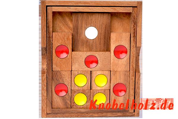 Escape oder Khun Pan lustiges Schiebespiel