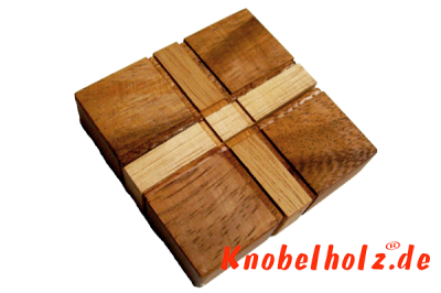 Flying Cross Puzzle aus Holz brain teaser Tricky Puzzle in den Maßen 13,0 x 12,8 x 2,8 cm, monkey pod puzzle